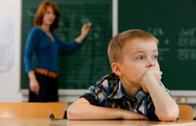 Transtornos de Aprendizagem (TDAH) Como Identificar e Tratar